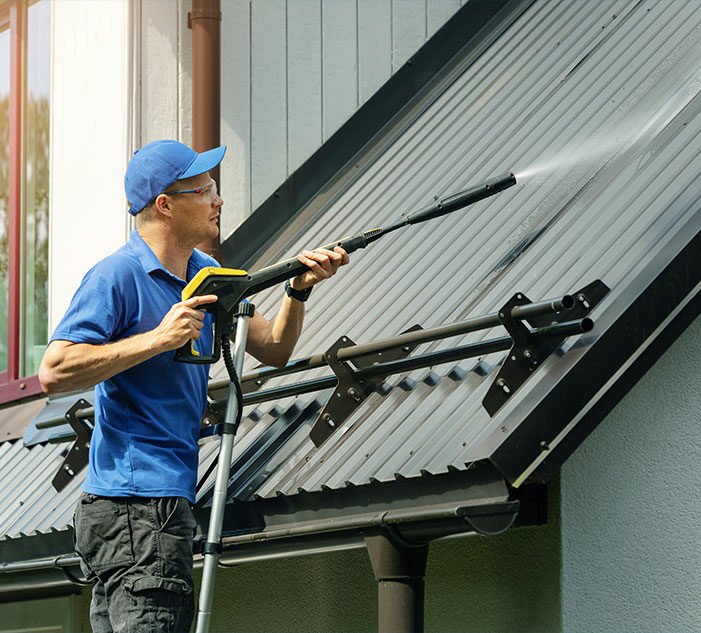 Commercial Gutter Cleaning Img